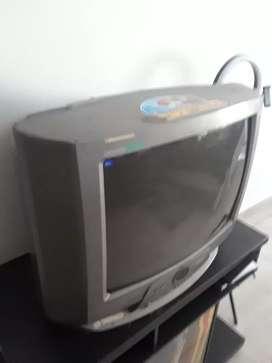 Televisor De cajón LG 20'