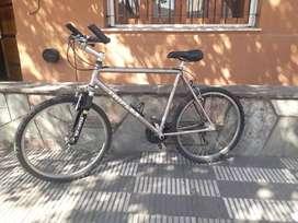 Vendo bicicleta rodado 26 Triplex ,Aluminio