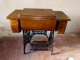 Bonito mueble en pura madera Antiguo ORIGINAL