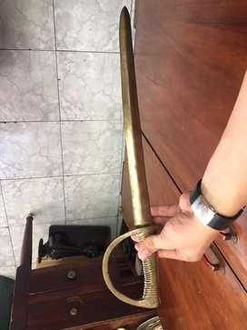 Espada en bronce