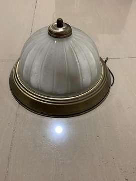 Lámpara para techo usada