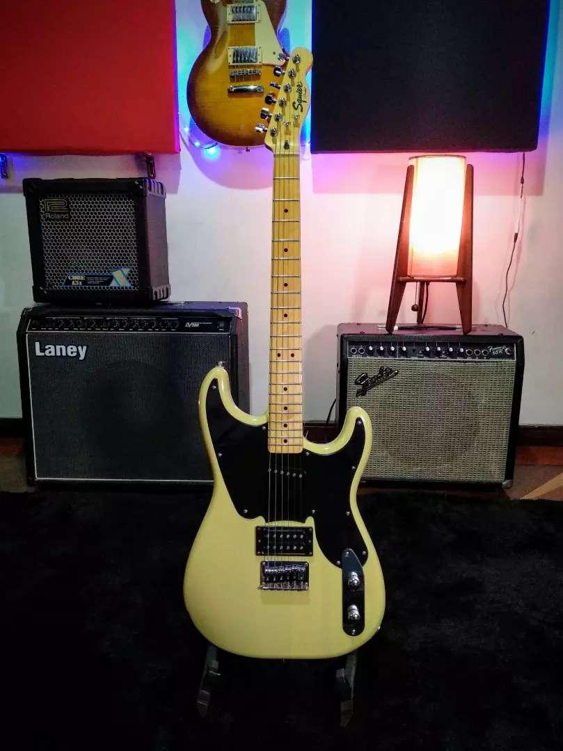 Guitarra eléctrica Squier vintage modified 51 con estuche