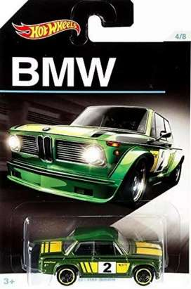 Solo Ibague,Hot Wheels BMW aniversario – BMW 2002