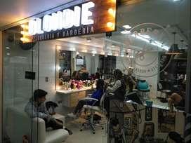 Se solicita Estilista con experiencia para Peluqueria y Barberia BLONDIE en centro comercial Parque Caldas