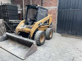 Minicargadora Cat 246B 2007