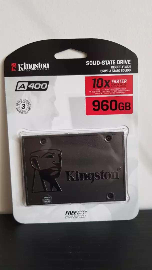 Disco de Estado Solido 960GB KINGSTON 0
