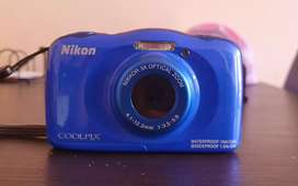 Venta de cámara Nikon coolpix S33