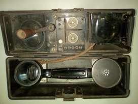 Teléfono Antiguo Magneto Portatil Usado En La 2da. Guerra M.