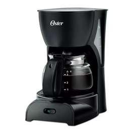 Cafetera 4 Tazas Oster BVSTDCDR5B013 Negro
