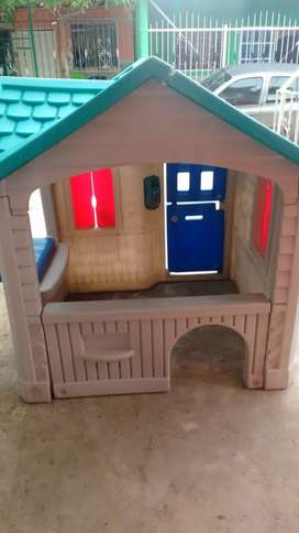 Vendo Hermosa casa infantil  estado 10 10