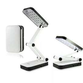 lámpara LED recargable portátil para escritorio
