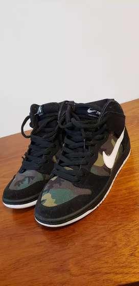 Zapatilla Nike Sb Dunk Hight Pro Camo. Talle 42