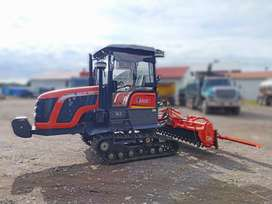 Tractor con orugas cabinado TitanT2