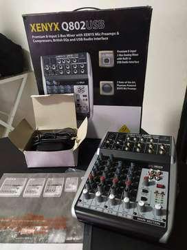 Mixer Behringer Xenyx Q802usb como nueva