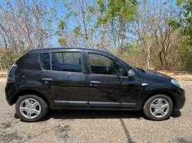 Renault Sandero Expression modelo 2013 gasolina-único dueño. Color Negro nacarado