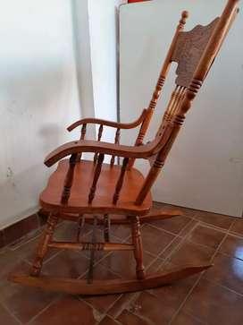 Silla Mecedora de madera