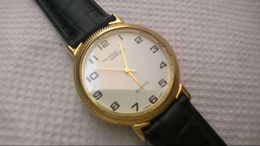 Reloj Richard Marcell Dorado Quartz Nuevo Elegante 0