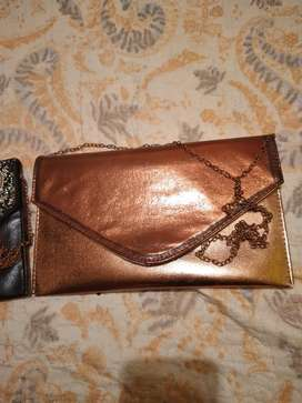 Vendo carteras en 20 mil colones