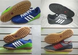 Zapatillas para fútbol, sintética. $65.000