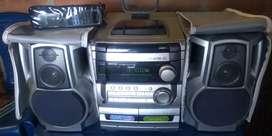 Se vende equipo de sonido aiwa