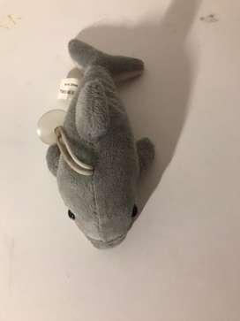 Peluche de delfin