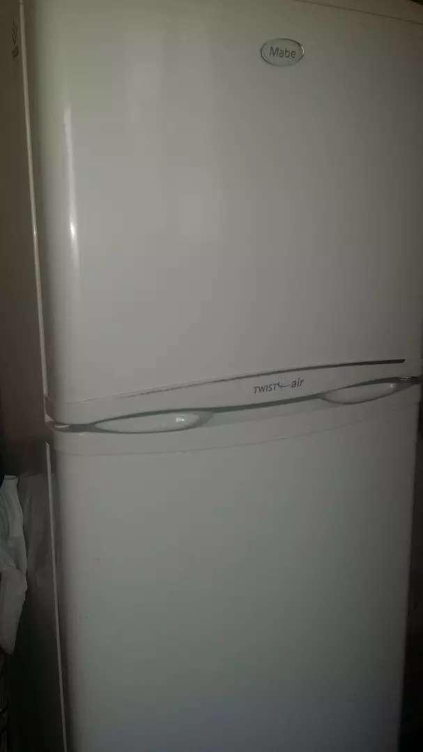 Vendo refrigeradora buen estado 0