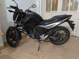 Se vende moto cb 169 2020. 2 meses de uso.