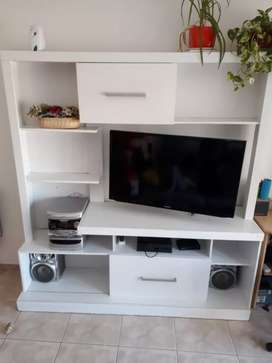 Vendo rack para tv blanco