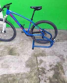 Rodillo de entrenamiento para bicicletas