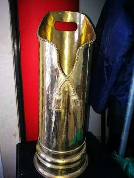Revistero , porta paraguas en bronce segunda mano  El Limonar