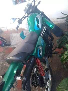 Vendo moto TS