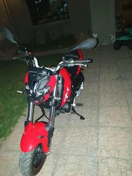Vendo moto.