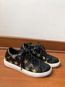 Zapatillas Skechers Negras con dorado Talla 37