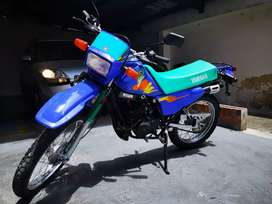 Yamaha dt 125 permuto por renault 4