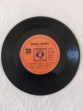 DISCO VINILO LP JOHNNY MATHIS HISTORIA DE AMOR  ACUARIO 33 RPM CBS 4 TEMAS