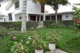 Casa Tipo Española