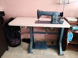 Maquina de coser singer el precio es negociable