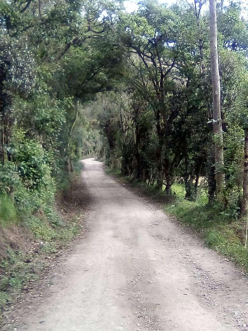 CASA CAMPESTRE FAMILIAR EN GUATAVITA