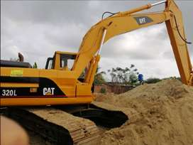 Vendo excavadora Cat 320 L brazo largo $45 negociable