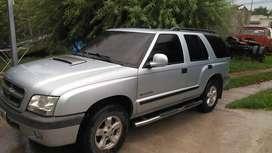 Vendo camioneta Blazer mod. 2006 gris 180.000 km