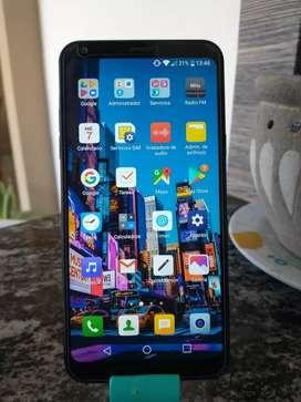Vendo LG Q6 Alpha - Con accesorios, libre