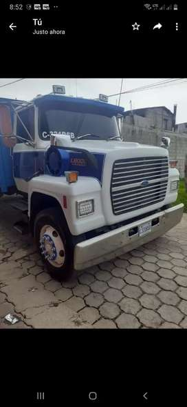 Camion ford 8.3