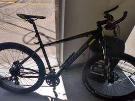 Bicicleta Raleigh mojave 4.0 R29