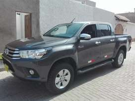Toyota hilux SRV Fuel Equipo