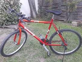 Vendo Bicicleta MTB muy buen estado.