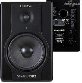 Monitores De Audio M-audio Bx5a Deluxe Activos (par) Negros