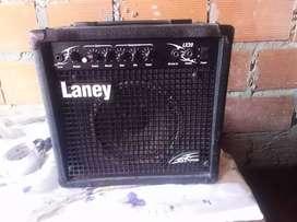 Amplificador guitarra eléctrica laney lx20