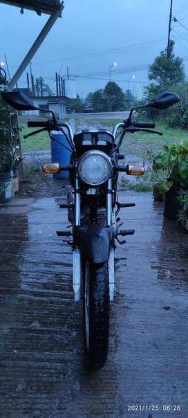 Motocicleta honda cb1