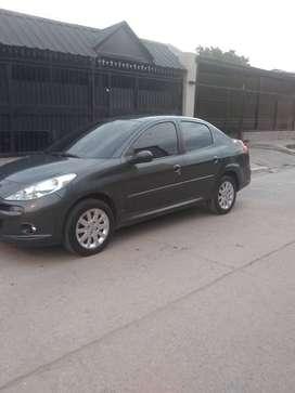 Vendo Peugeot 207 sedan Impecable