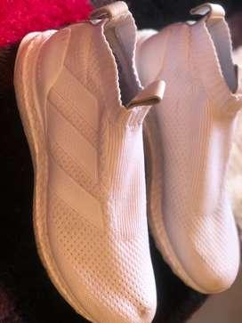 Vendo Zapatillas Adidas UltraBoost Ace (Importadas desde Miami) SIN USO